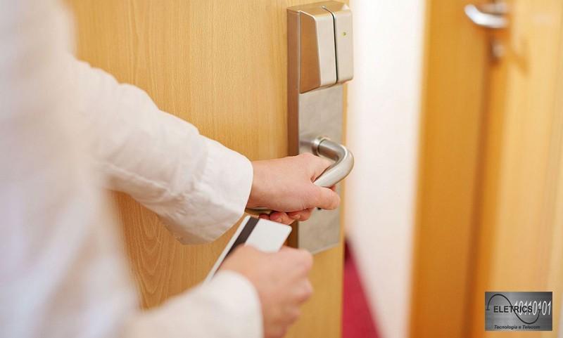 Controle de acesso cartão de aproximação