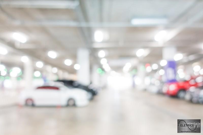 Controle de acesso de veículos para condomínios